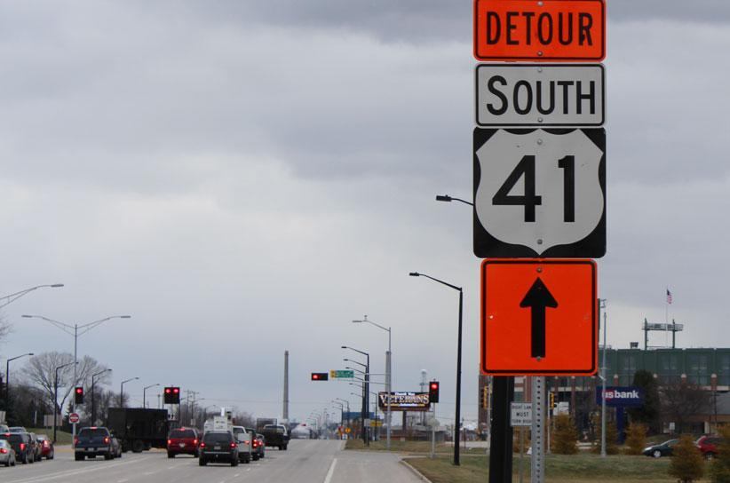picture of detour sign